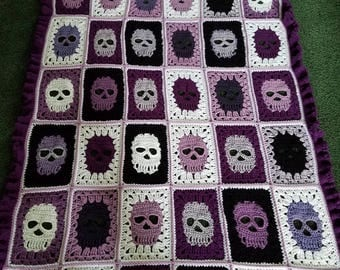 Skull blanket with a ruffle border!