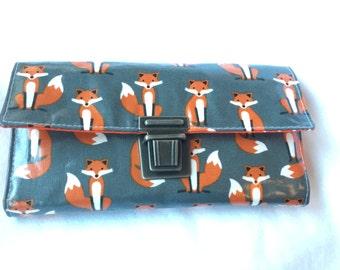 Fox grey purse