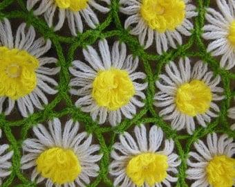 Crocheted Floral Afghan / Throw - Vintage - Acrylic