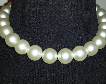 """Vintage Laguna Choker Necklace Large 5/8"""" Diameter Faux Pearls Marked Length 16"""""""
