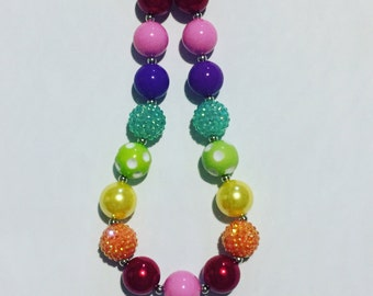 Rainbow chunky necklace