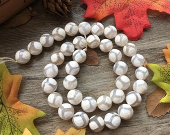 "Natural 10mm White Faceted Agate Football Agate Gemstone 15"" Loose Beads DIY Suppliers for Jewelry Spacer Charms  1 Strand"
