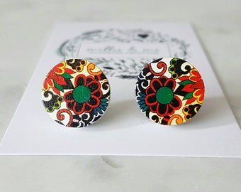 Retro floral wooden disc stud earrings