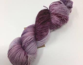 Pick Me Indie Dyed Yarn on Merino cashmere Nylon MCNpurple semi solid