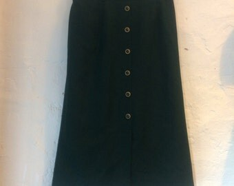 "SALE WAS 10 Vintage skirt. Green button front sixth sense for C&A size 8 10. Waist 28""-30"" length 27"". 100% wool with nylon lining"