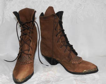 Womens Vintage Brown Suede Studded Lace Up Granny Ankle Boots Shoes / 7 M