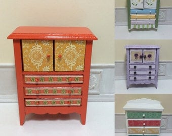 1:12 Scale Dollhouse Miniature Artisan Dresser (each sold individually)