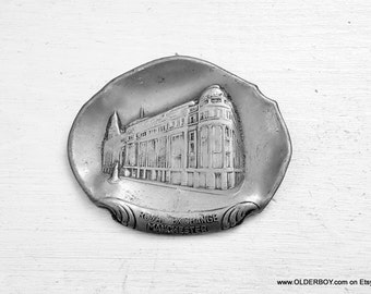 Vtg Ashtray from Manchester collectible souvenir manchester Royal Exchange table decor paperweight from Manchester England K07/487
