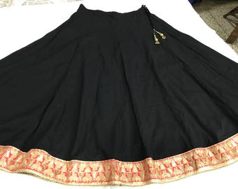 Indian Skirt,Long Cotton Skirt, Womens Skirt, Ethnic Skirt,Summer Skirt, boho skirt,  Black  Skirt, Jari Magenta Golden Lace , Kalidar Skirt