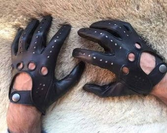 Black Driving Gloves Lambskin Leather made by Hungant Handmade inside sewing soft Glove
