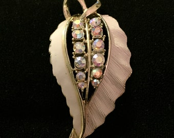 Fabulous Vintage Brooch. Shape of a leaf with gorgeous AB rhinestones.