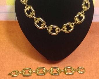 Vintage Large Gold Link Necklace and Bracelet~ Demi-parure.