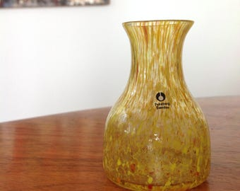 Mid century Pukeberg art glass - tiny vase - speckled yellow glass