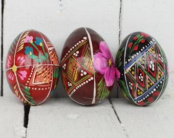 Pysanky egg Painted wooden eggs Ukrainian wooden egg Vintage soviet USSR Wood burning egg Holiday Easter Painted wooden eggs Pysanky egg 4
