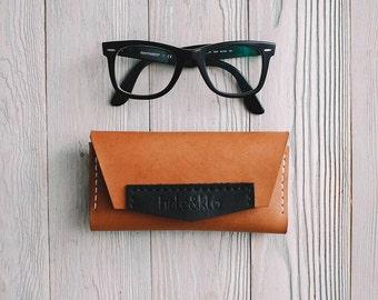 """Leather eyeglass case """"flod"""" , leather case, eyewear, gift"""