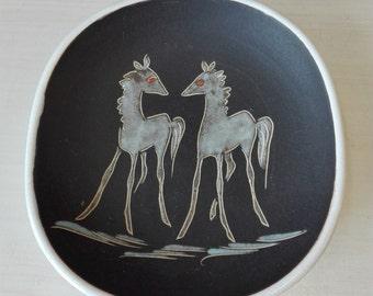 Vintage Wall platen horses