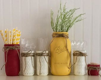 Charming Table Centerpiece, Picnic Table Mason Jars, Tabletop Decor, Barbecue Mason  Jars, Party
