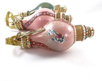 Handmade Vintage Victorian Light Bulb Christmas Ornaments