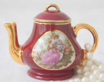 Beautiful Vintage Limoges Porcelain Miniature Teapot with Fragonard Decor, France