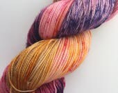 "DREAMCATCHER, colorway ""Big Girlz don't Cry"" - hand dyed fingering yarn  (100 gr/400 yds)"