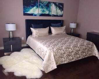 High End Designer Custom Bedding.  King / Queen / Double Size Comforter and Shams. Comforter Set. Custom Made in Canada. Pinnacle Collection