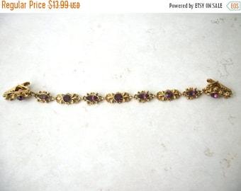 ON SALE Vintage Antiqued Gold Tone Metal 1940s Rhinestones Sweater Clip 32517