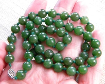 vintage Spinach JADE beads necklace ~ sterling silver filigree clasp ~ inA2202