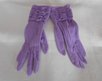 Vintage Nylon Simplex Lilac Rouched Gloves Size 7 1960's  #20051