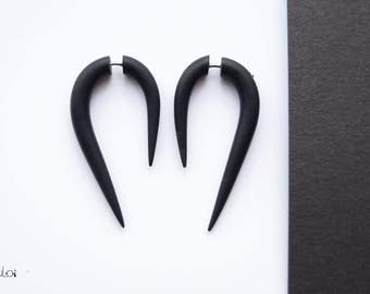 Fake gauge earrings black color fake plugs fake gauges