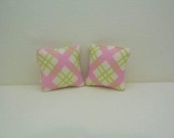 doll house cushions, miniature cushions, miniatures, doll house accessories, miniature accessories
