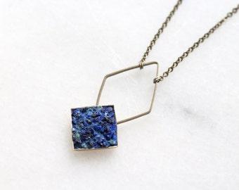 azurite diamond pendant necklace/crushed mineral rhombus bezel drop pendant/antique bronze diamond outline charm/geometric brass jewelry