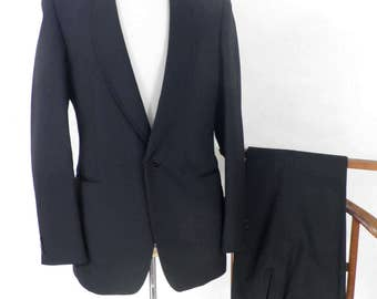 1950s London Vintage Tailored Tuxedo Suit   Size S