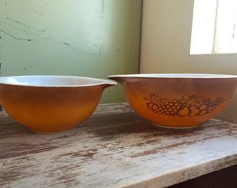 Vintage Pyrex Cinderella Mixing Bowls; Golden Ombré Pyrex; Old Orchard Pattern Pyrex; Nesting Bowls; Vintage Pyrex