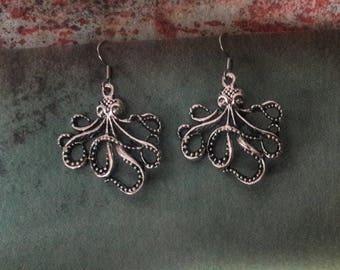 Octopus Steampunk Earrings, Octopus Earrings,  Silver Tone Earrings, Kraken Earrings, Steampunk Earrings, Beach Earrings, Nautical Earrings