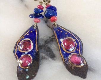 Bohemian earrings, copper enamelled blue lapis, Ruby, gold, lapis lazuli and jade ecltas Raspberry.