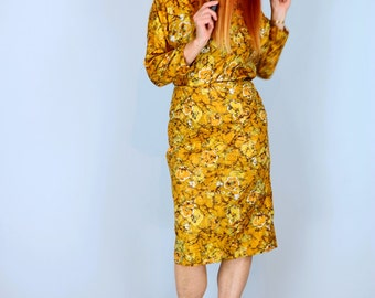 1950s Dress - Midi Sheath Dress - Yellow Gold Abstract Print - Dolman Sleeves - Tie Neckline - Belted - Vintage Mad Men Style - Small