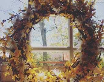 Warm Forsythia and Daisy Wreath