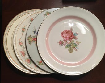 Mismatched China Dinner Plates - Set of 4 - Collection #130 / Vintage Pink Floral Dinnerware
