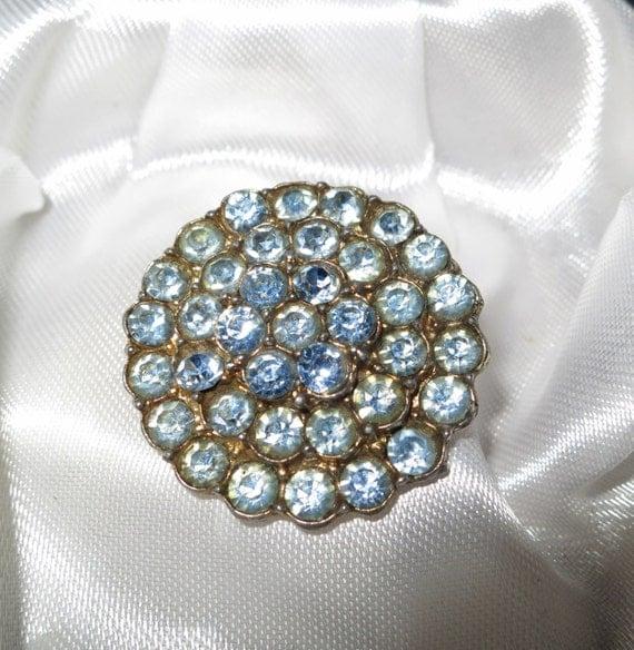 Beautiful Deco vintage goldtone blue foiled back rhinestone brooch
