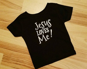 Jesus loves me graphic tee
