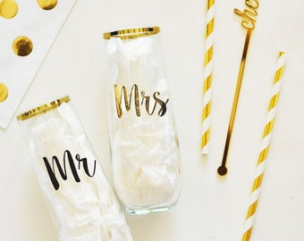 Mr & Mrs Stemless Glass- Personalized Gifts - Bride to be Gifts - Wedding Gifts - Bride and Groom
