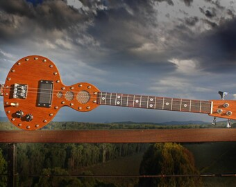 Gourd Guitar, 3 string electric cigarbox guitar design with magnetic and piezo pickup mixing