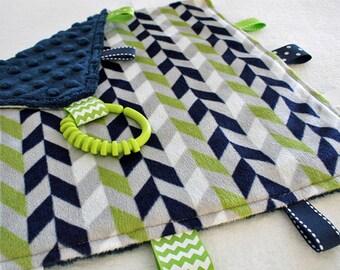 Taggie Blanket, Baby Tag Blanket, Sensory Development, Lovey, Security Blanket, Navy Green Gray White Blanket, Chevron Blanket, Baby Taggie