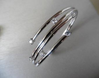 Diamond set bangle 0.60ct