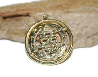 Vintage Necklace Pendant With Chinese Symbols, Gold Asian Pendant, Oriental Jewelry, Gold Tone Vintage Jewelry, Christmas Gift for Her