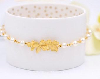 Bridal Bracelet Bridesmaid Bracelet Gold Orchid Flower Swarovski Cream Ivory White Pearl Bracelet Gold Wedding Bracelet Flower Girl Bracelet