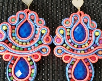 Pendant soutache tendrils