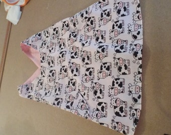 Child's play smock made in 100% cotton and fully lined