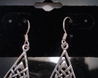 Sterling Silver Dangle earrings with Celtic Knot