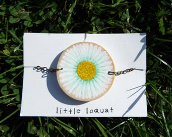 Bracelet: 'It's Daisy Time' ~ hand-painted on wood ~ natural jewellery ~ painted bracelet ~ daisy chain